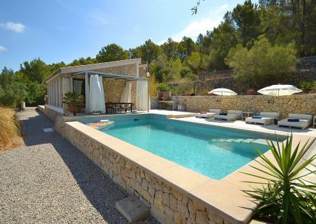Modern Villa in Selva Majorca with Private Pool