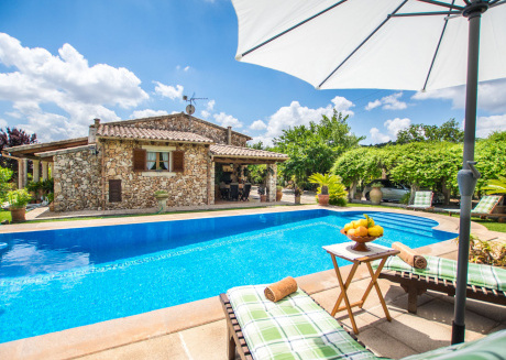 Beautiful Stone House near Selva with Swimming Pool