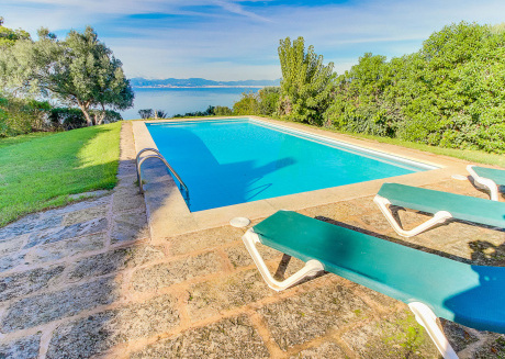 Charming Holiday Home in Badia Blava with Swimming Pool