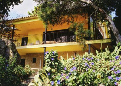 Quaint Apartment in Lloret de Mar with Sea Nearby