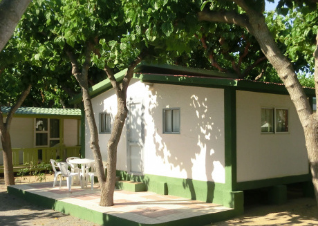 Neat bungalow with a microwave, near the town of Cambrils
