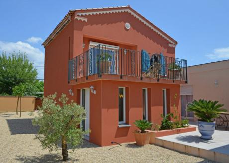 Cozy Villa in Agde with Private Terrace