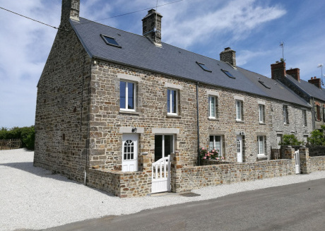 Peaceful Holiday Home with Garden in Saint-Rémy-des-Landes