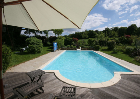 Charming farmhouse with pool and tennis court.