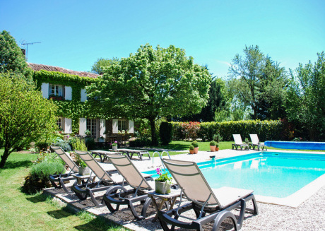 Marvellous renovated mansion with private swimming pool and fantastic view!