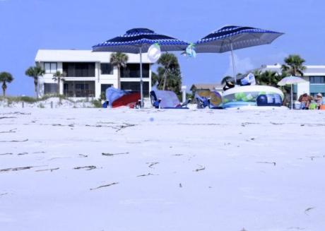 Anna Maria Island 2 Bedroom Condo with Ocean View