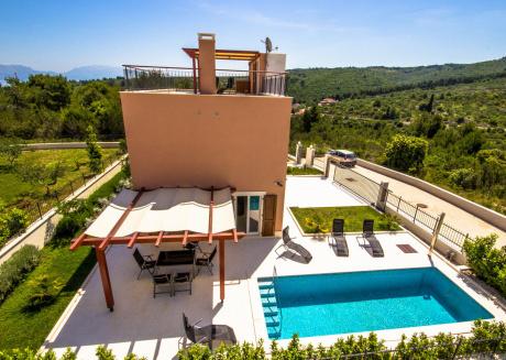 Modern Villa in Dalmatia with a Direct Sea View