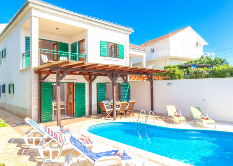 Lovely Villa at Croatian island of Hvar with private Pool