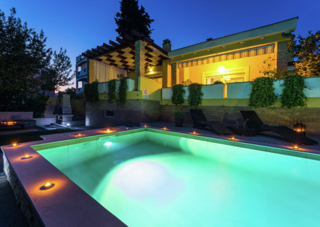 A Charming Villa with Private Pool in Zadar