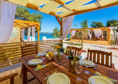 Pleasant Home with Private Terrace in Dobropoljana Dalmatia
