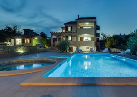 Quaint villa in the village Razanac with private pool
