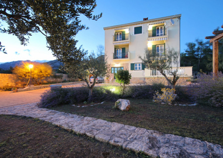 Charming Villa on Sea in Starigrad with beautiful garden and wellness area