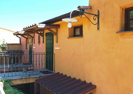 Cozy apartment with terrace or balcony near Riomaggiore