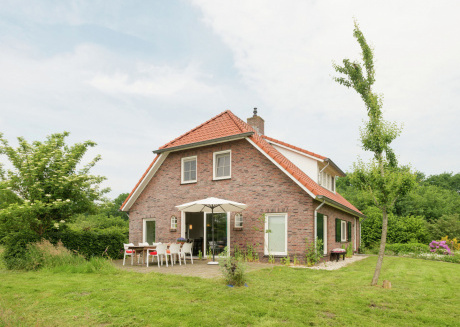 Tasteful home on an estate near Hollandscheveld, ideal for families