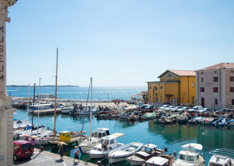 Nice apartment with sea view, right in the center of Piran