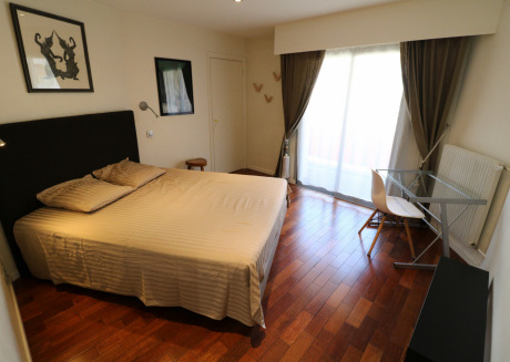 4 bedroom Forville. 8 mins from the Palais. 552