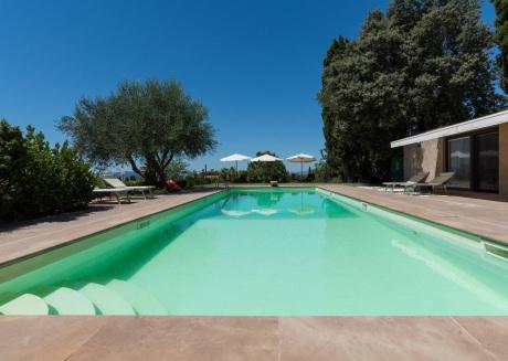 Relais Villa Jacopone Suite 1 B&b With Pool