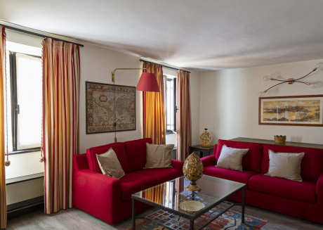 Luxury apartment in the heart of Genoa