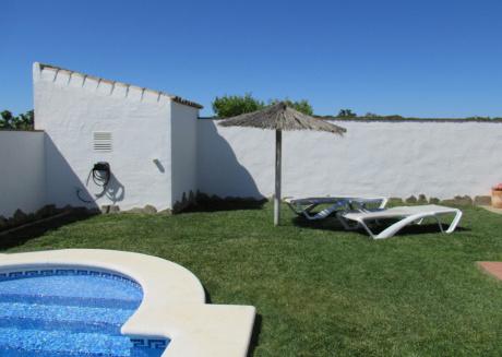 Chalet Huerta nº 1 con piscina y pista de paddle
