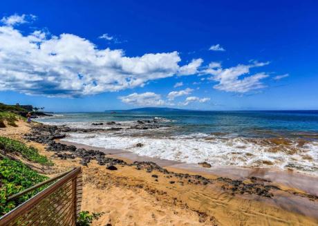 Kamaole Sands 7-104 · Perfect Family w/ Resort Condo Across Beach!