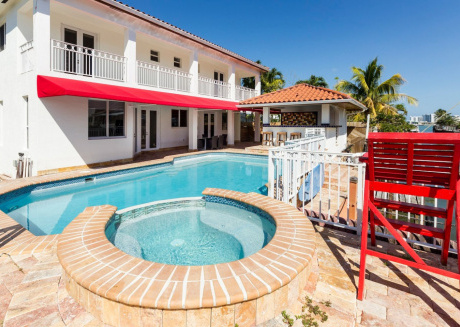 Villa Santro - Santorini in Miami