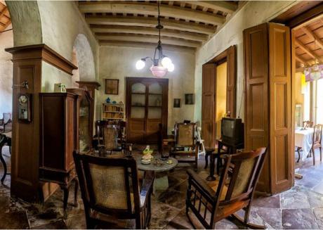 Hostal Casa Ayala, Room 2, charming bedroom at the Trinidad's heart