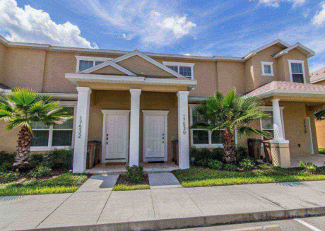 A glorious 3 bedroom town house perfect for your visit to Orlando.