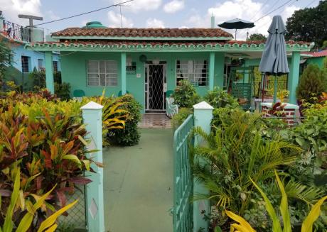 Villa El Niño, Room 1, nice & comfy bedroom at Viñales heart