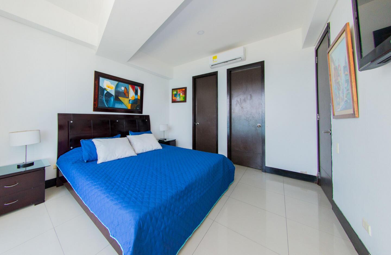 Apartment In North Zone Cartagena Slide-25