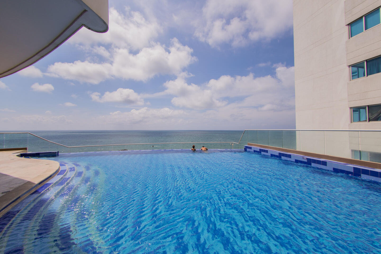 Apartment In North Zone Cartagena Slide-1