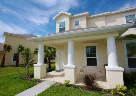 This 3 bedroom townhouse will offer you a fantastic vacational experience