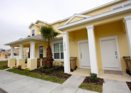A spectacular 3 bedroom townhouse is perfect for you vacation in Orlando