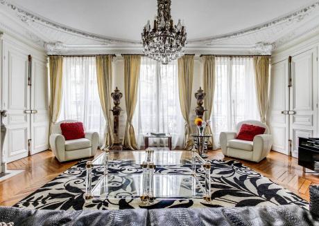 Luxury St Germain Apartment in the heart of Paris