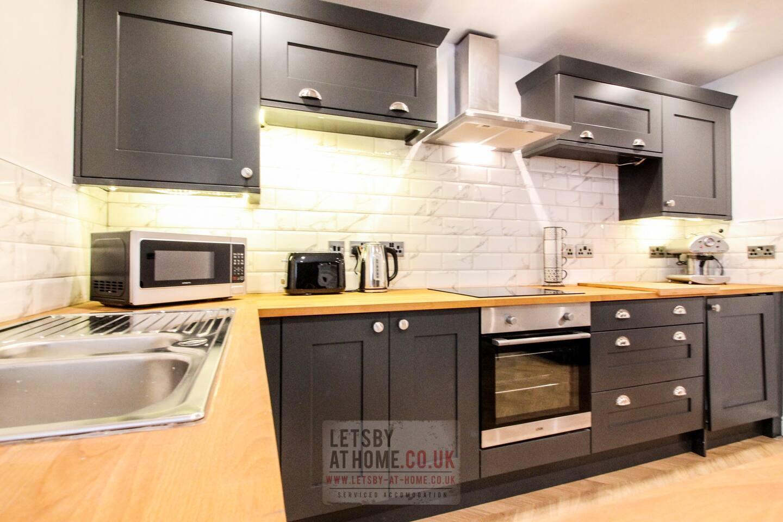 Leodis Luxury Apartment Slide-1