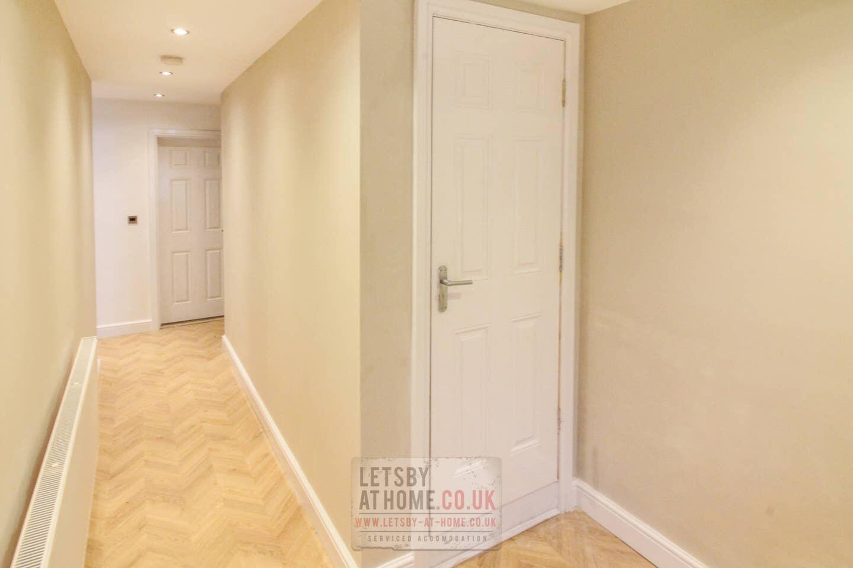 Leodis Luxury Apartment Slide-15
