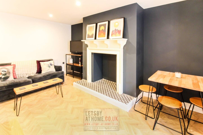 Leodis Luxury Apartment Slide-4