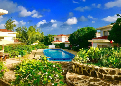 Siku Moja Villa - Beautiful Beach Family Villa