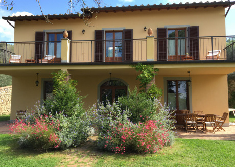 Guest Farmhouse in the hearth of Tuscany