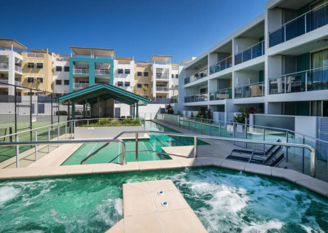 1BR Coolum Beach Escape ★Courtyard★Pool★Spa★Tennis