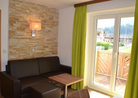 Apartments EDVI C1 - balcony and glacier view