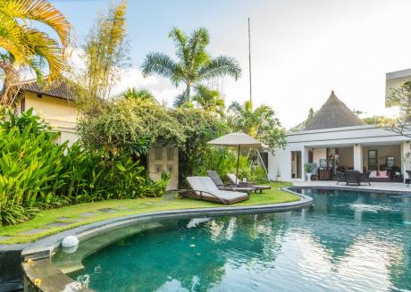 Sweet Room villa Diana Legian Bali
