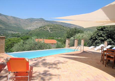 Panoramic villa with swimming pool
