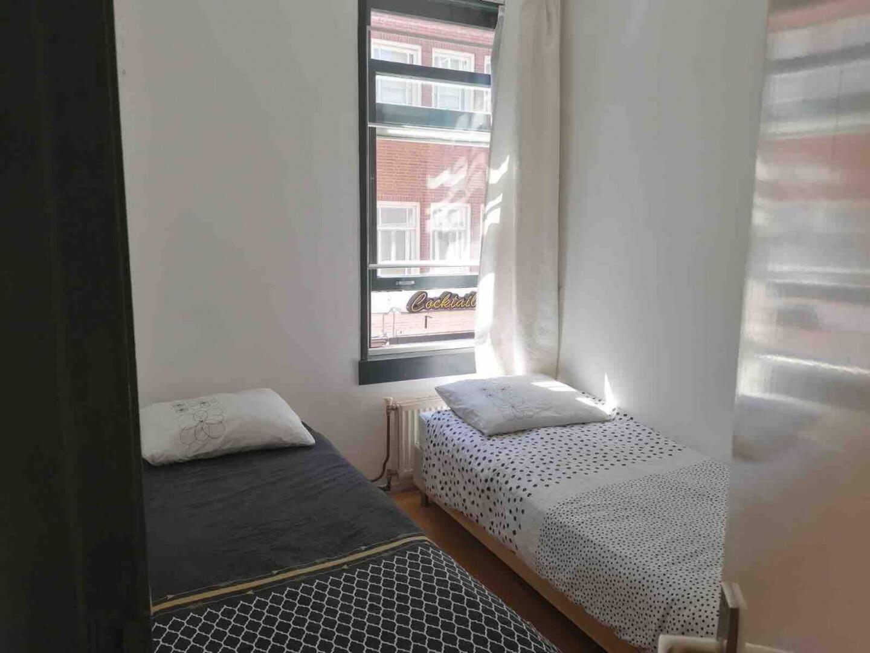 Room Charlotte 1.... Slide-2