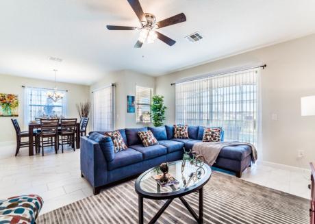 6 bedrooms luxury home, best location