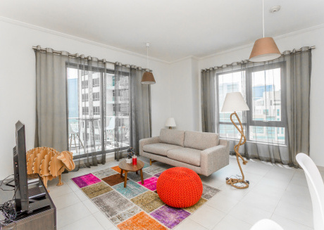 Cozy 1Bed with Partial Burj Khalifa View in South Ridge, Downtown