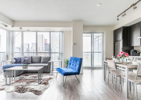 Spacious High Rise Condo with Stunning Views