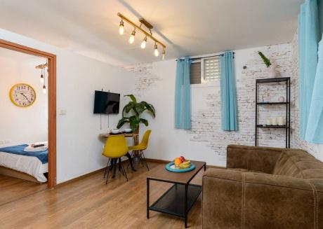 Designed apartment on Frishman Tlv