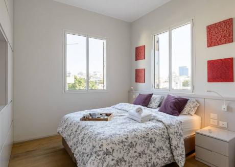 Italian design apartment in Rotchild /habima