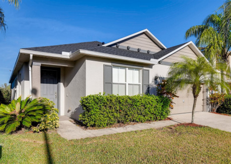 Beautiful 4 bedroom 3 bath home with private pool backing up to nature preserve - 504