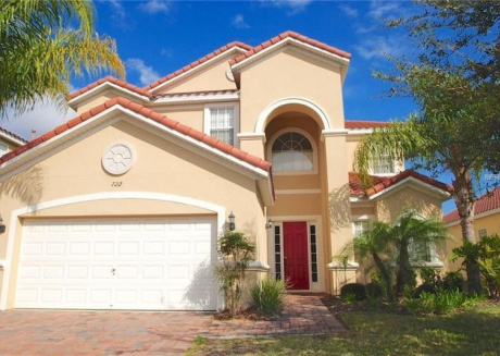 Spacious 5 bedroom home with private pool and spa - 508